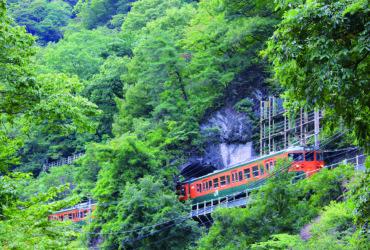 元日本一短いトンネル「樽沢トンネル」